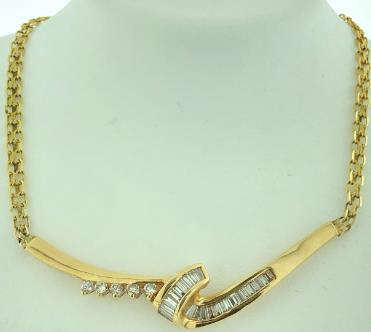 14 Karat Gold/8.8G NECKLACE