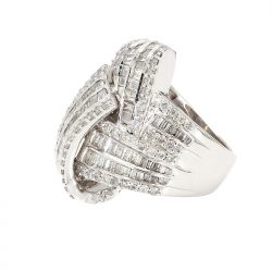 14K WHITE GOLD DIAMOND RING| 12.8G| 3.00CT TDW| SIZE 5""