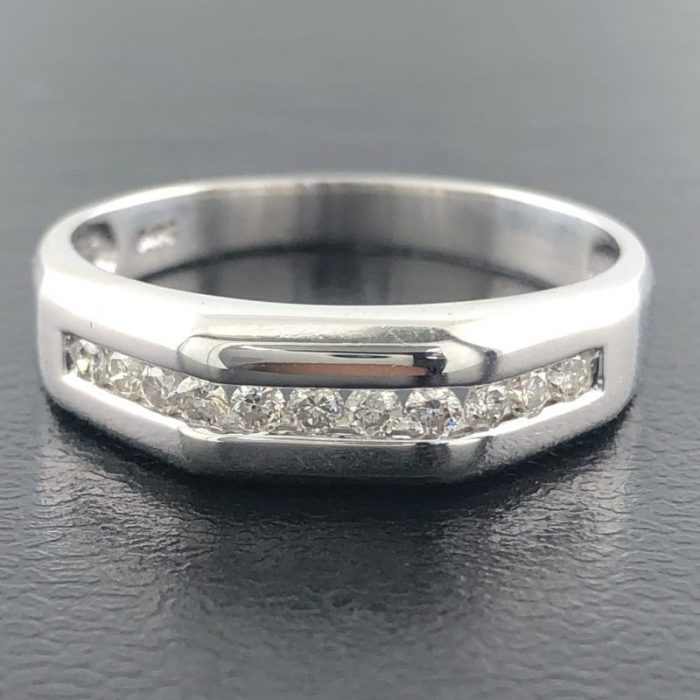 14K WHITE GOLD WEDDING BAND/3.7G/10""