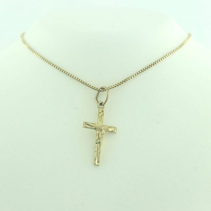 """18K YELLOW GOLD NECKLACE WITH CROSS PENDANT/2.6G/18"""""""