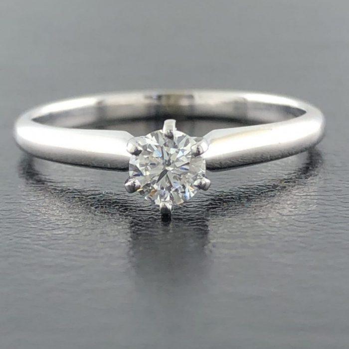 """14K WHITE GOLD ENGAGEMENT RING/2.1G/ .033CT CENTER DIAMOND/7.75"""""""