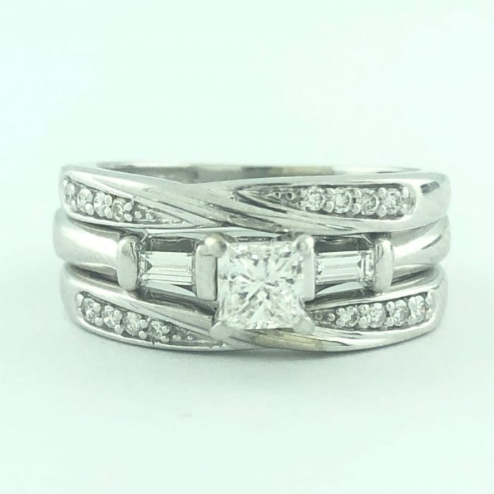 14K WHITE GOLD BRIDAL SET/5.60G/0.40CT(C)/0.75CT TDW/SIZE 5.25""