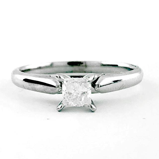 "CERTIFIED DIAMOND ENGAGEMENT RING/14K WHITE GOLD/2.8G/0.30CT TDW/F/I1/SIZE 4.50"""