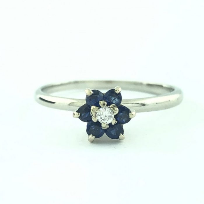 10K WHITE GOLD RING/ BLUE SAPPHIRE AND DIAMOND/1.9G/SIZE 7.25""