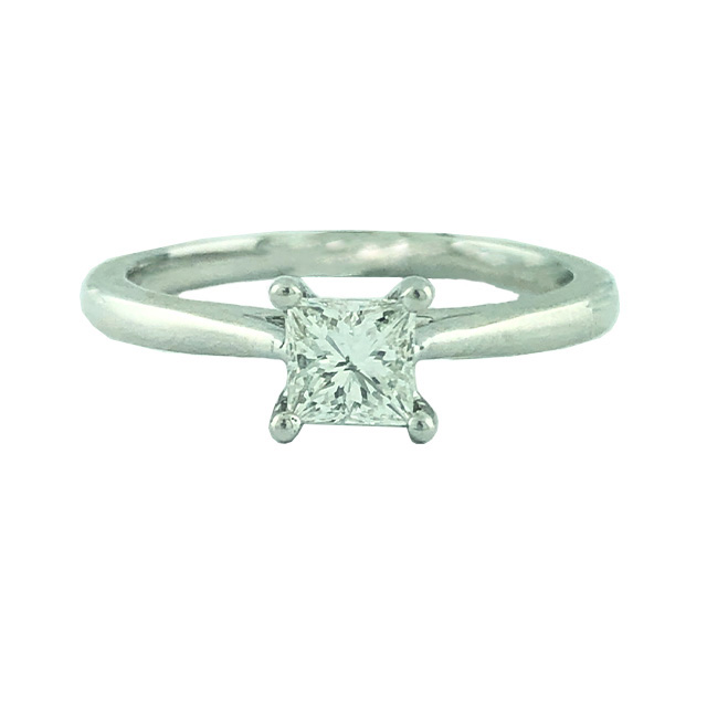 """IGI CERTIFIED SOLITAIRE DIAMOND ENGAGEMENT RING- 14K WHITE GOLD