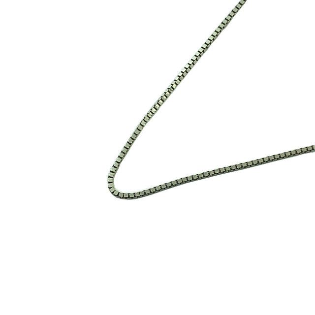 """14K WHITE GOLD BOX NECKLACE