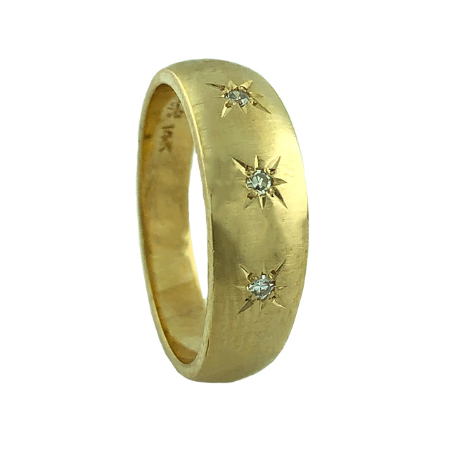"""10K YELLOW GOLD BAND