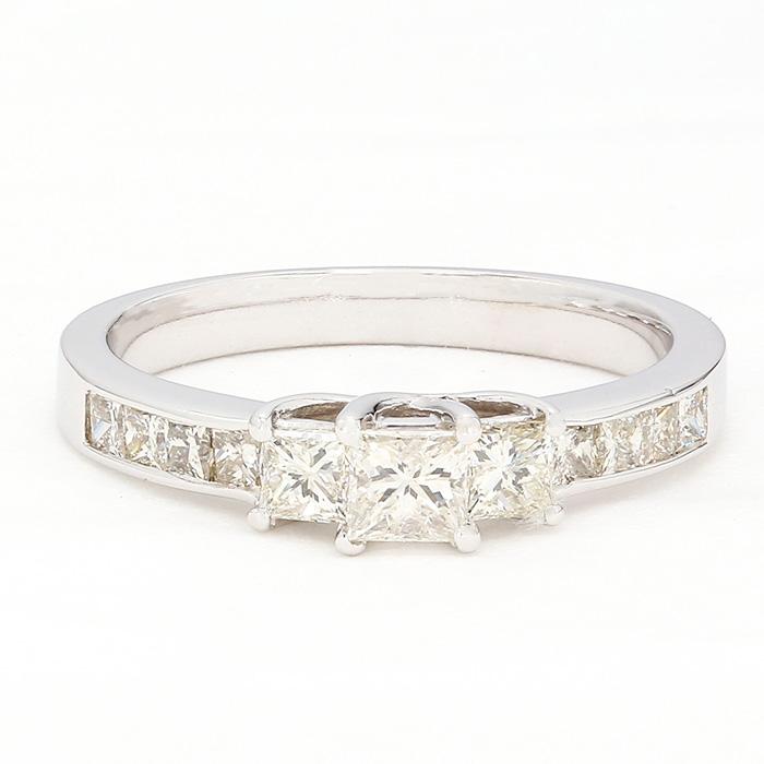 "DIAMOND ENGAGEMENT RING- 10K WHITE GOLD| 3.0G| 0.75CT TDW| SIZE 7"""