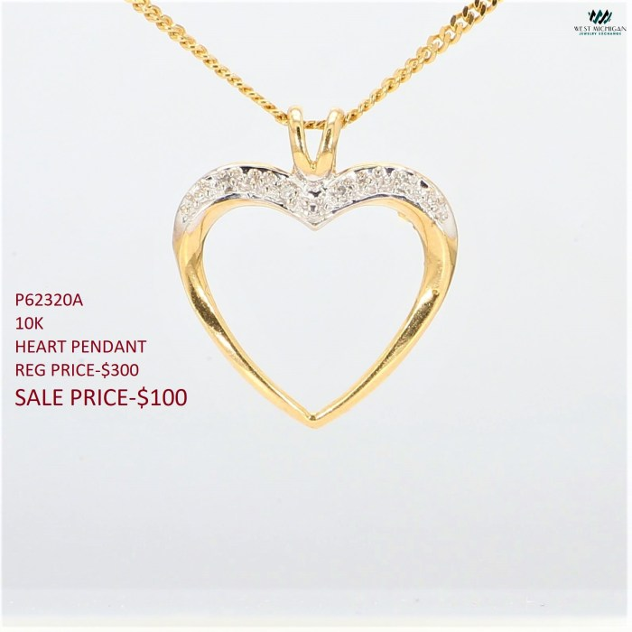 Women's Charms  P62320A
