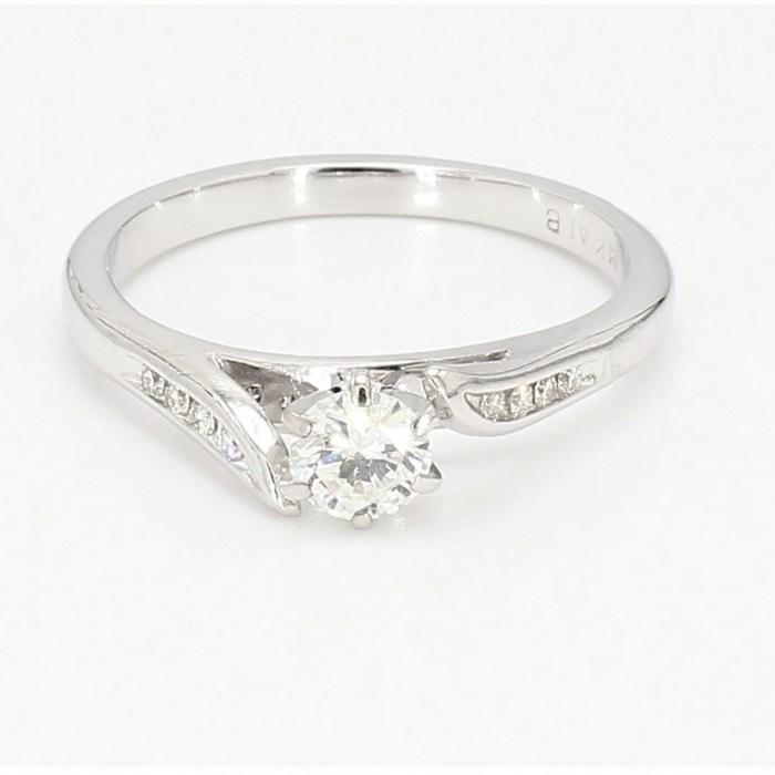 Engagement Ring R11724