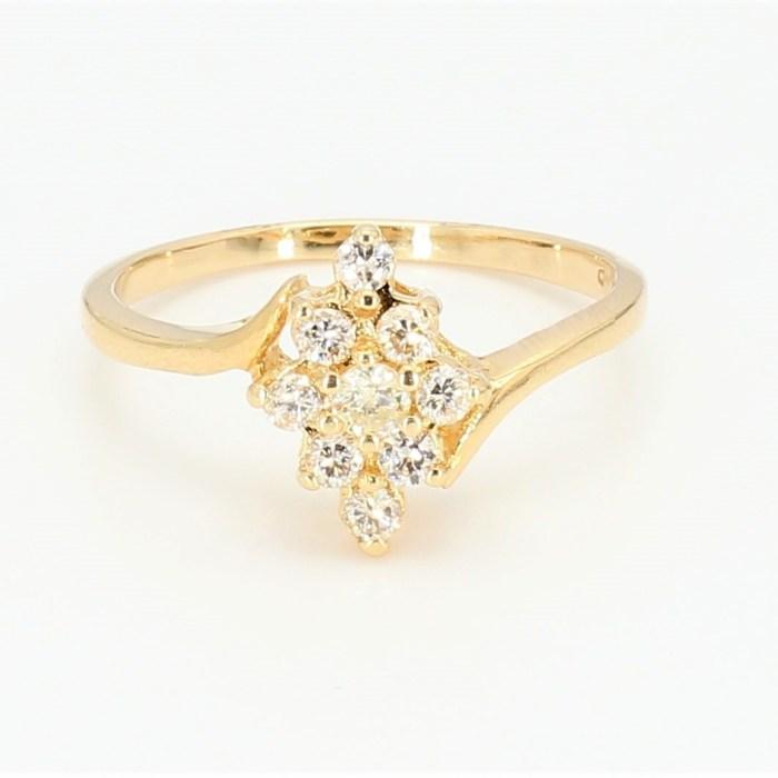 Women's  Diamond Ring   R7822