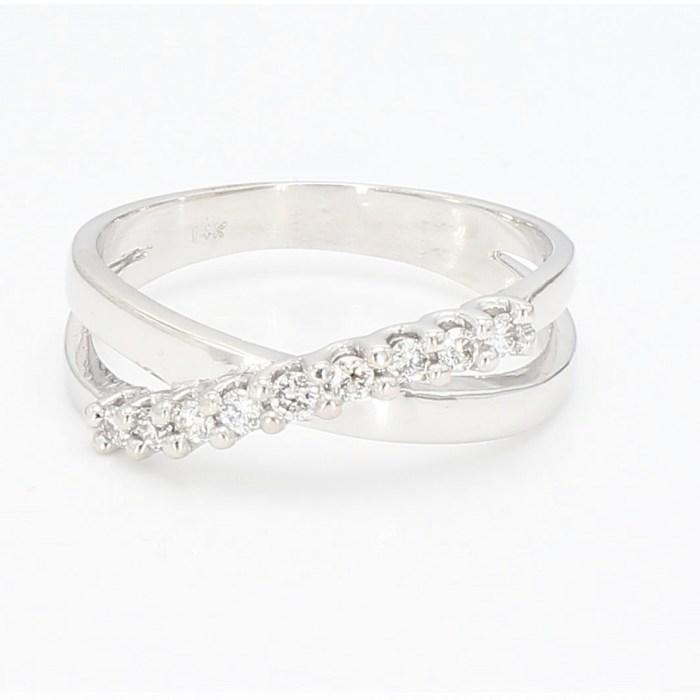 Fashion  Ring  R1579