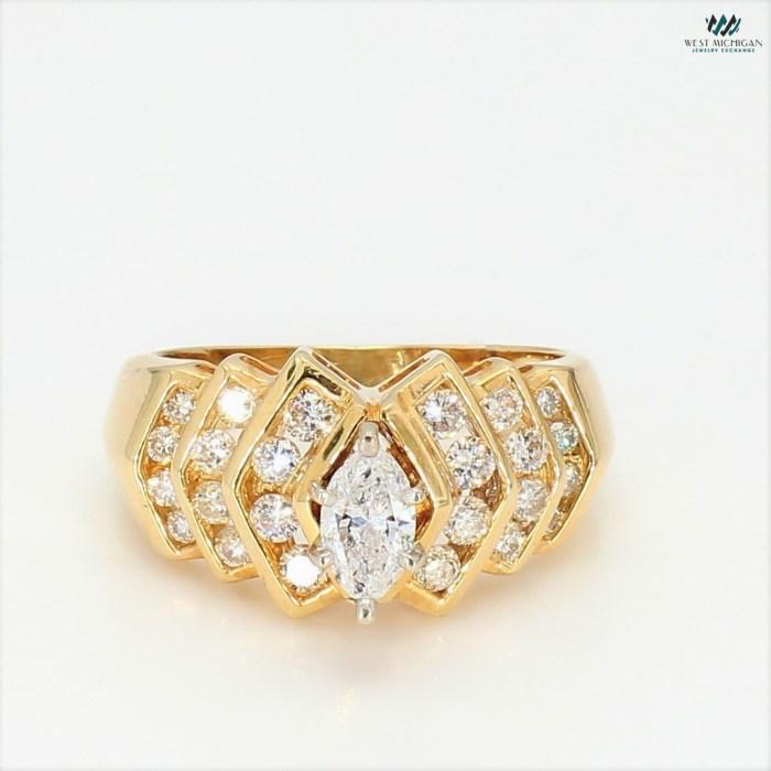Engagement Ring  R5735