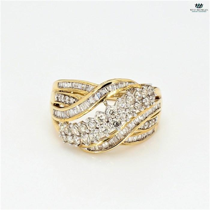Diamond cluster Ring   R9459